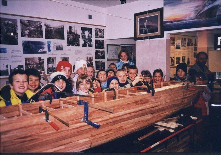 Ladja Rex, izdelovanje makete, maketa, otroci